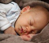 10 conseils pour aider votre enfant à bien dormir pendant la canicule