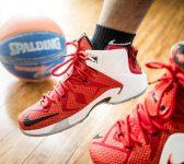 Le Top des Idées Cadeaux de Noël pour un fan de Basket !