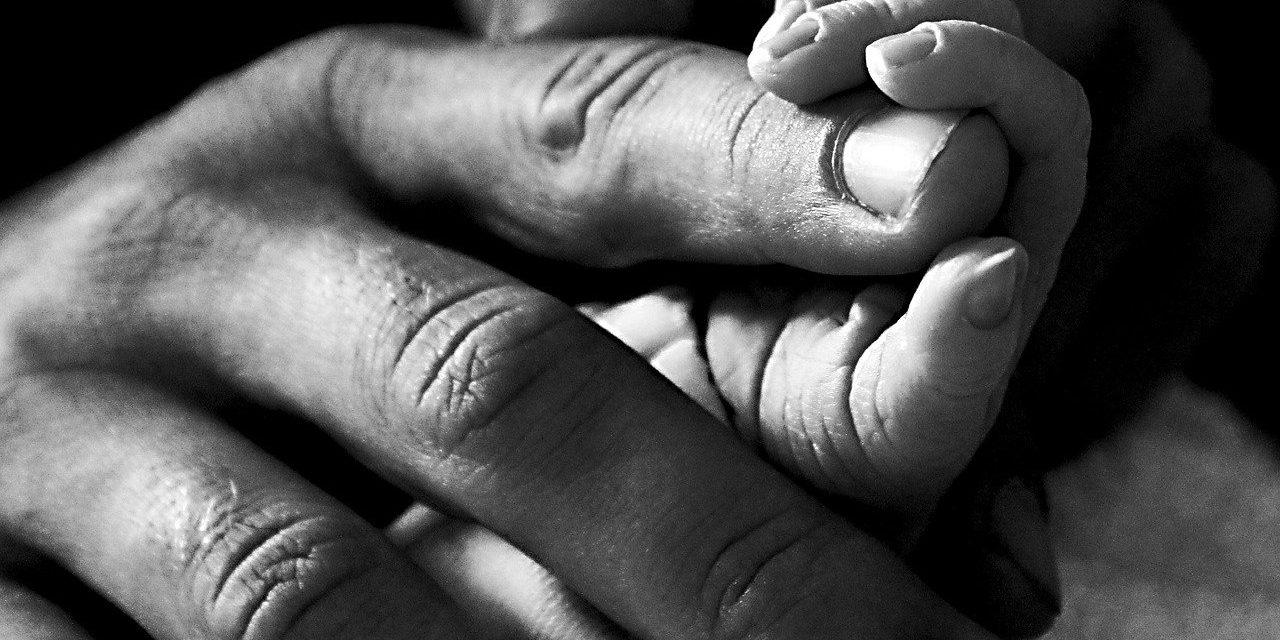 Faire-part de naissance petite fille – Comment rendre l'annonce unique?
