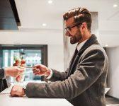 Métier de l'accueil client : Guide et Formation comment y arriver ?