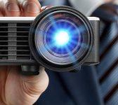 5 Avantages qui vont vous Convaincre de Choisir un Mini Projecteur!